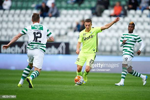 Casper Nielsen of Esbjerg fB controls the ball during the Danish Alka Superliga match between Viborg FF and Esbjerg fB at Energi Viborg Arena on July...