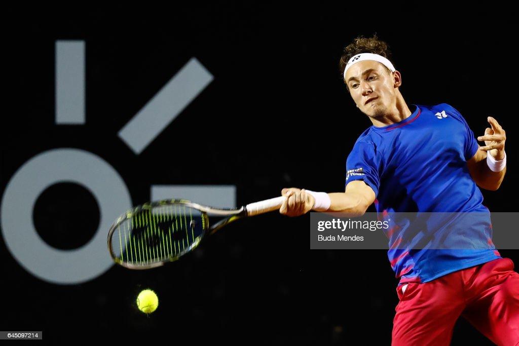 Casper Ruud of Norway returns a shot to Thiago Monteiro of Brazil during the quarter finals of the ATP Rio Open 2017 at Jockey Club Brasileiro on February 24, 2017 in Rio de Janeiro, Brazil.