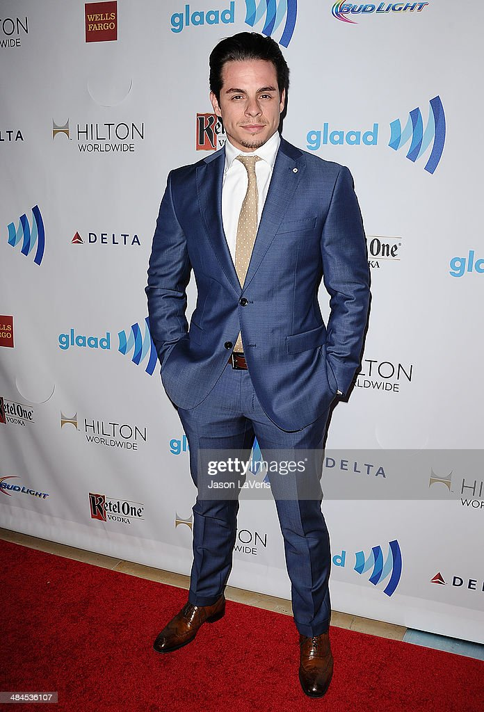 <a gi-track='captionPersonalityLinkClicked' href=/galleries/search?phrase=Casper+Smart&family=editorial&specificpeople=7596672 ng-click='$event.stopPropagation()'>Casper Smart</a> attends the 25th annual GLAAD Media Awards at The Beverly Hilton Hotel on April 12, 2014 in Beverly Hills, California.