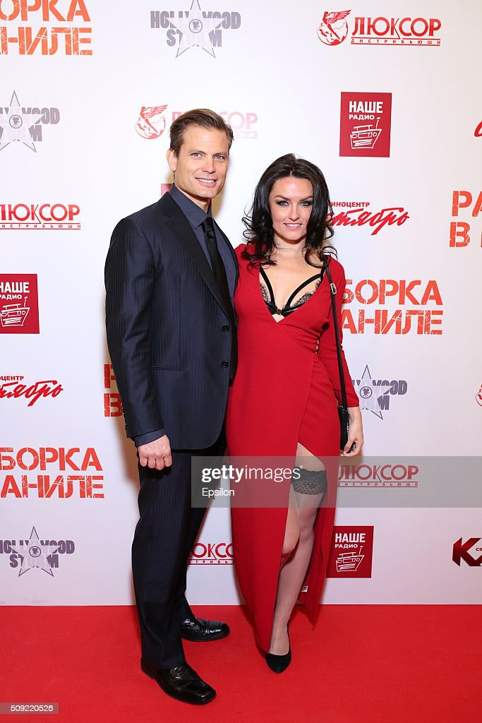 <a gi-track='captionPersonalityLinkClicked' href=/galleries/search?phrase=Casper+Van+Dien&family=editorial&specificpeople=220662 ng-click='$event.stopPropagation()'>Casper Van Dien</a> and Jennifer Wenger attend 'Showdown in Manila' premiere in October cinema hall on February 9, 2016 in Moscow, Russia.