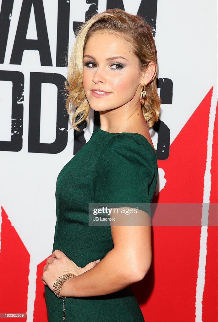 Cassi Thomson attends the 'Warm Bodies' premiere held at ArcLight Cinemas Cinerama Dome on January 29, 2013 in Hollywood, California.