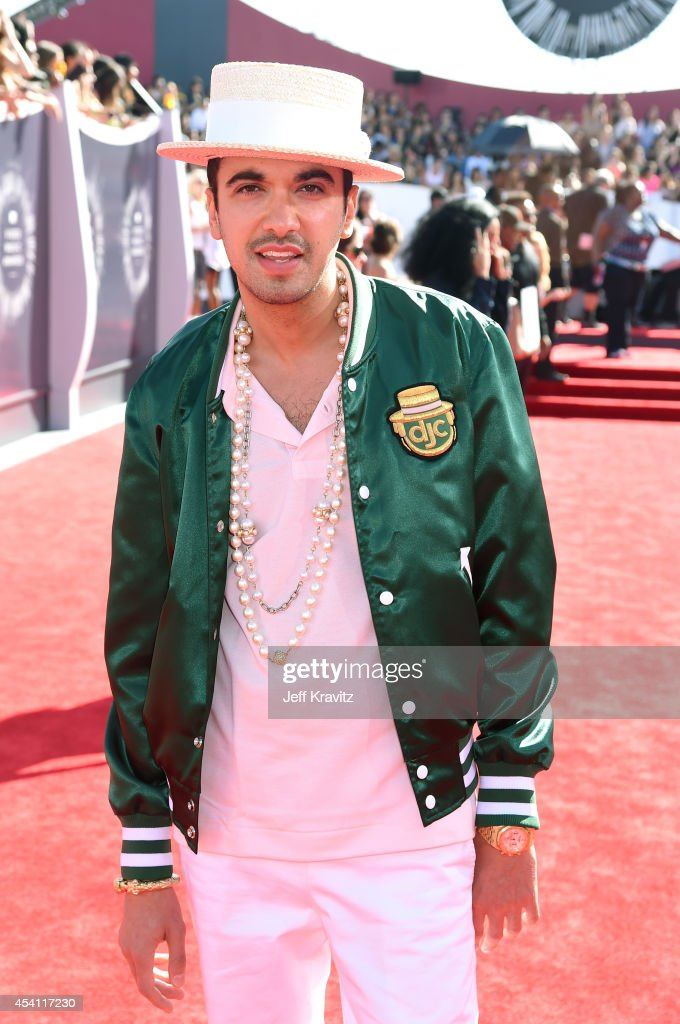 <a gi-track='captionPersonalityLinkClicked' href=/galleries/search?phrase=DJ+Cassidy&family=editorial&specificpeople=691457 ng-click='$event.stopPropagation()'>DJ Cassidy</a> attends the 2014 MTV Video Music Awards at The Forum on August 24, 2014 in Inglewood, California.