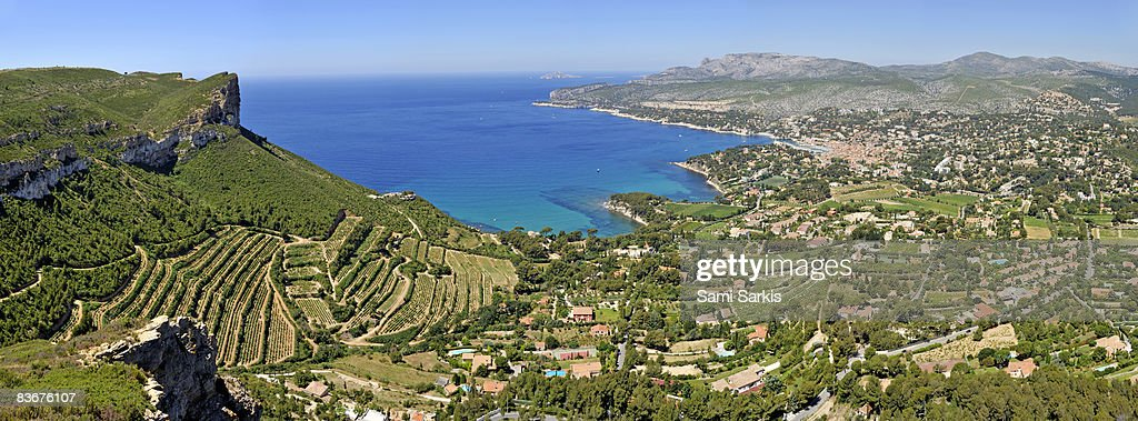 Cassis village and surroundings vineyards