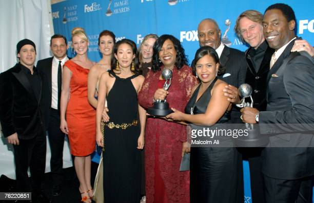 Cast and crew of 'Grey's Anatomy' winner of Outstanding Drama Series