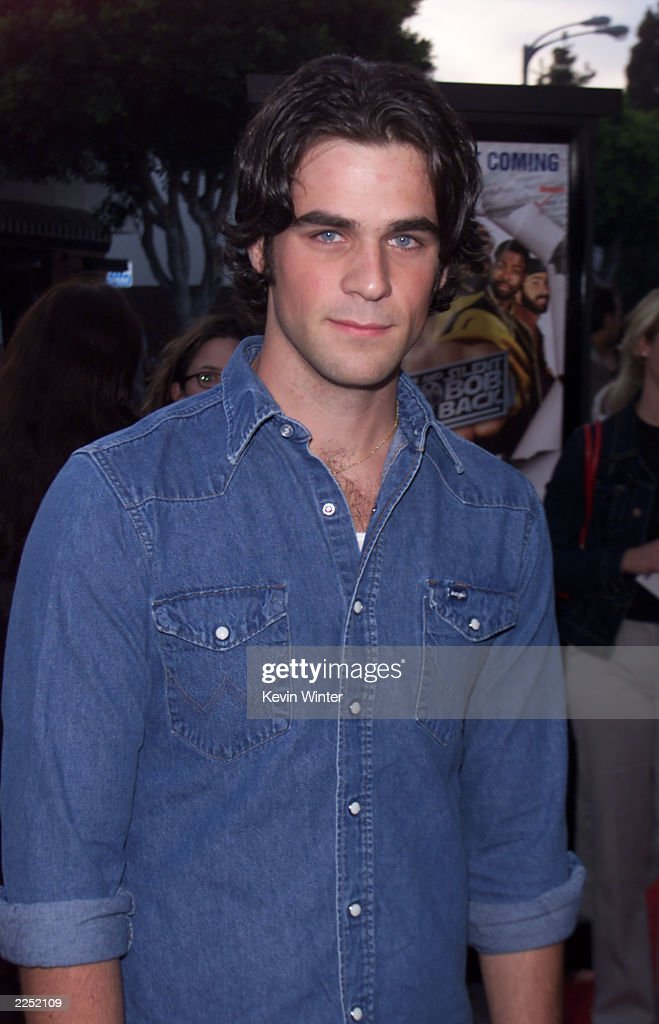 Cast member <a gi-track='captionPersonalityLinkClicked' href=/galleries/search?phrase=Eddie+Cahill&family=editorial&specificpeople=226945 ng-click='$event.stopPropagation()'>Eddie Cahill</a> at the premiere of 'Jay and Silent Bob Strike Back' held at the Mann Bruin Theater in Los Angeles, CA., August 15, 2001.