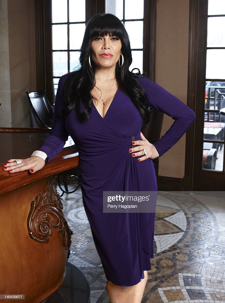 who is renee dating on mob wives Mob wives, has another spinoff show in the works not only will mob wives, chicago, premiere in june, but another gangster housewive is getting her own who who is it our favorite girl, big ang also, will renee graziano ever find love again check out our astrology and psychic predictions for our.