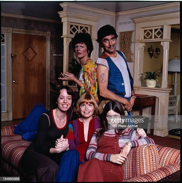 Pat Harrington Jr as building superintendent Dwayne Schneider Valerie Bertinelli as Barbara Cooper Royer Bonnie Franklin as Ann Romano Royer...