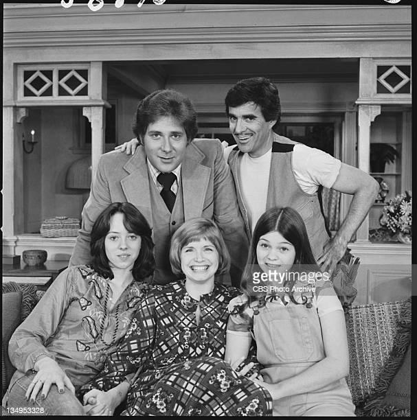 TIME cast members Pat Harrington Jr as Schneider Valerie Bertinelli as Barbara Cooper Bonnie Franklin as Ann Romano Royer Mackenzie Phillips as Julie...