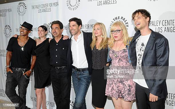 Cast members Shemar Moore Paget Brewster Joe Mantegna Thomas Gibson AJ Cook Kirsten Vangsness and Matthew Gray Gubler arrive for the PaleyFest 2011...