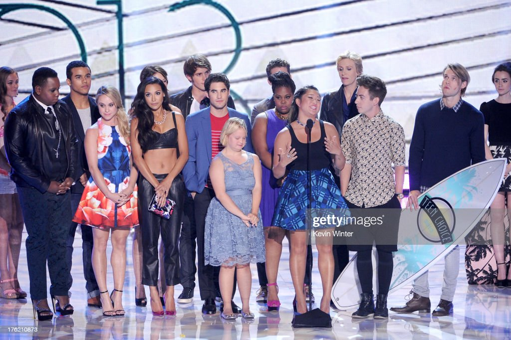 Cast of 'Glee' accepts Choice TV Show: Comedy onstage during the Teen Choice Awards 2013 at Gibson Amphitheatre on August 11, 2013 in Universal City, California.