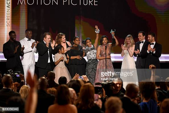 Cast of 'Hidden Figures' accepts Outstanding Performance by a Cast in ...