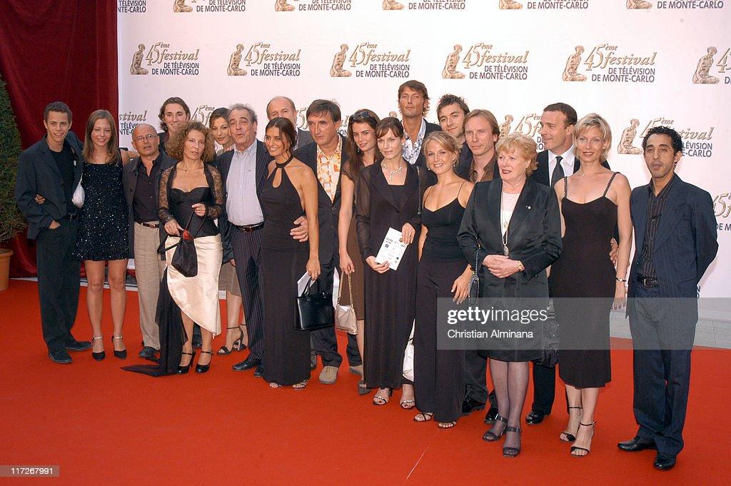 PBLV au Festival de Télévision Monte-Carlo Cast-of-plus-belle-la-vie-during-45th-monte-carlo-television-festival-picture-id117267991