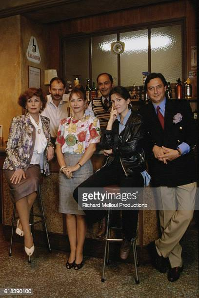 Cast of the play Un Air de Famille from left Catherine Maurier JeanPierre Darroussin Catherine Frot writer JeanPierre Bacri writer Agnes Jaoui and...