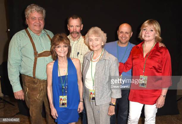 Cast of Willy Wonka Michael Bollner Julie Dawn Cole Peter Ostrum Diana Sowle Paris Themmen and Julie Dawn Cole Poses at The Hollywood Show Day 2 at...