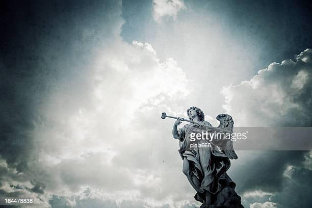 Castel Sant'Angelo bridge Bernini's statue