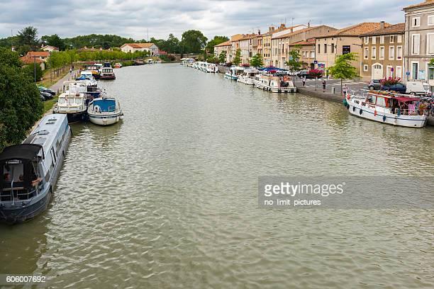 Castelnaudary with Canal du Midi