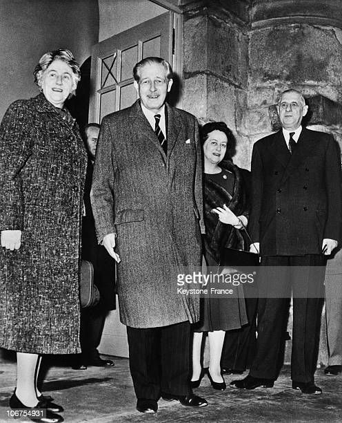 Castle Of Rambouillet Mr And Mrs Macmillan And Mr And Mrs Charles De Gaulle In January 1961