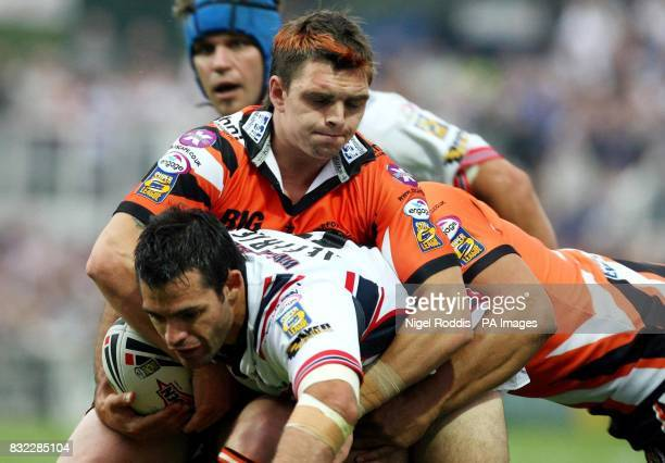 Castleford's Danny Brough tackles Wakefield's Ben Jeffries during the Engage Super League match at Belle Vue Wakefield