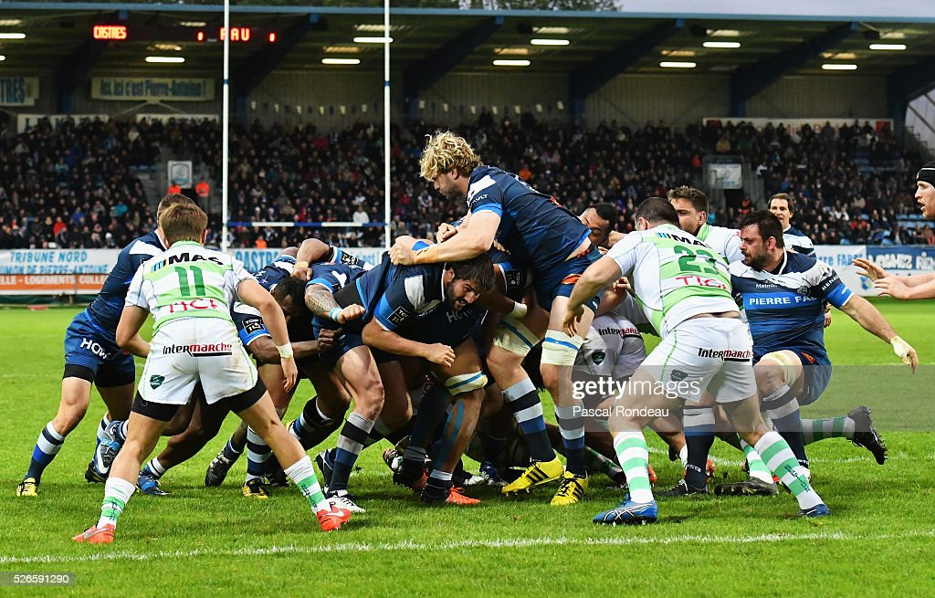 Castres Pack going for the third trial during the French Top 14 rugby union match between Castre v Pau on April 30, 2016 in Castres, France.