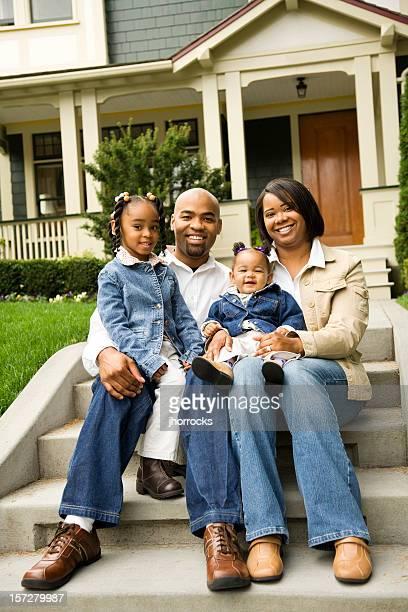 Zwangloses Familien Portrait