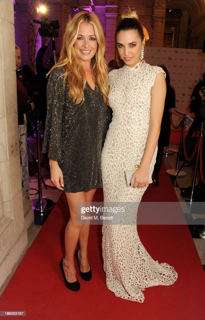 <a gi-track='captionPersonalityLinkClicked' href=/galleries/search?phrase=Cat+Deeley&family=editorial&specificpeople=202554 ng-click='$event.stopPropagation()'>Cat Deeley</a> (L) and <a gi-track='captionPersonalityLinkClicked' href=/galleries/search?phrase=Amber+Le+Bon&family=editorial&specificpeople=1103030 ng-click='$event.stopPropagation()'>Amber Le Bon</a> arrive at The WGSN Global Fashion Awards at the Victoria & Albert Museum on October 30, 2013 in London, England.