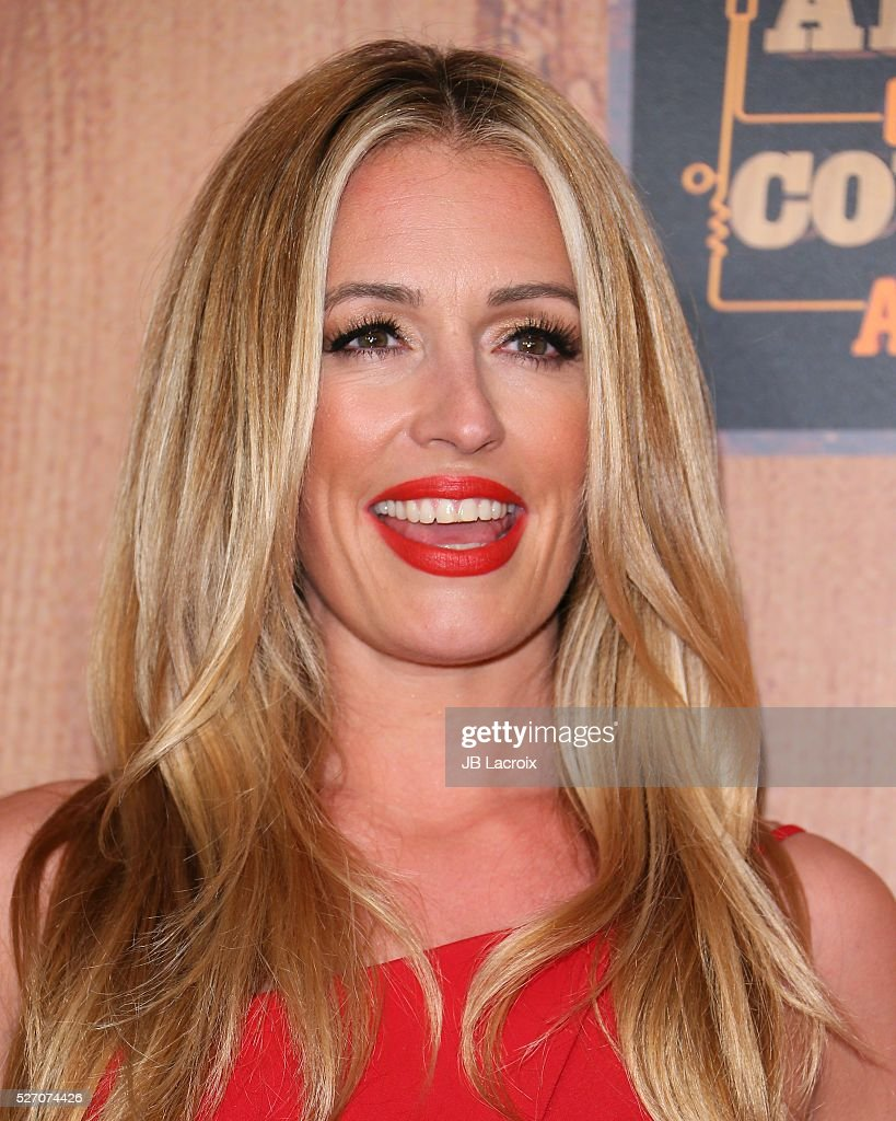 <a gi-track='captionPersonalityLinkClicked' href=/galleries/search?phrase=Cat+Deeley&family=editorial&specificpeople=202554 ng-click='$event.stopPropagation()'>Cat Deeley</a> poses in the press room during the 2016 American Country Countdown Awards at The Forum on May 1, 2016 in Inglewood, California.