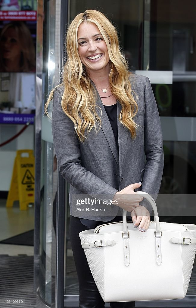 <a gi-track='captionPersonalityLinkClicked' href=/galleries/search?phrase=Cat+Deeley&family=editorial&specificpeople=202554 ng-click='$event.stopPropagation()'>Cat Deeley</a> seen leaving the ITV Studios after an appearance on 'Lorraine' on June 3, 2014 in London, England.