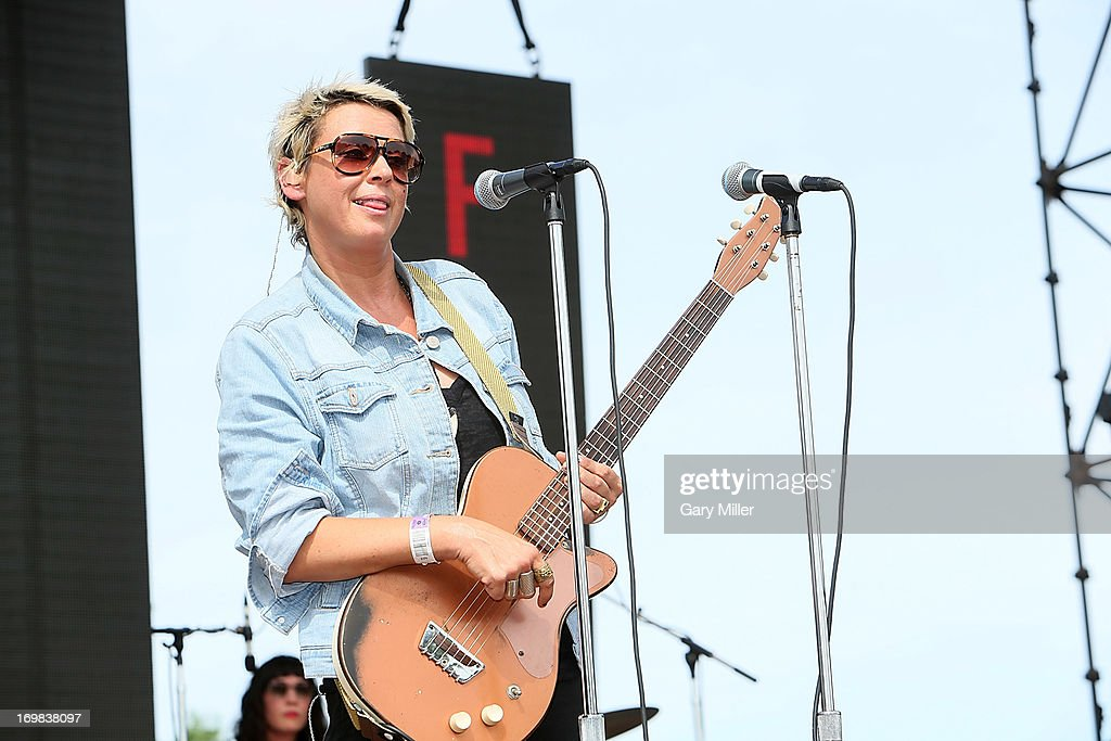 <a gi-track='captionPersonalityLinkClicked' href=/galleries/search?phrase=Cat+Power&family=editorial&specificpeople=653142 ng-click='$event.stopPropagation()'>Cat Power</a> performs in concert during the Free Press Summer Festival at Eleanor Tinsley Park on June 2, 2013 in Houston, Texas.