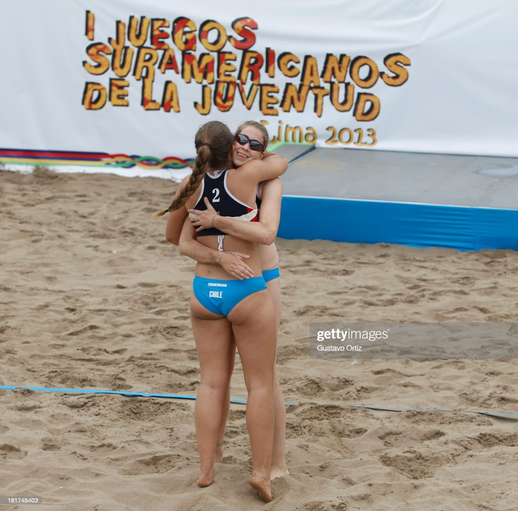 Catalina Zimmermann of Chile celebrates during the Women's Beach Volleyball Qualification as part of the I ODESUR South American Youth Games at Parque Tematico de los Deportes on September 24, 2013 in Lima, Peru.