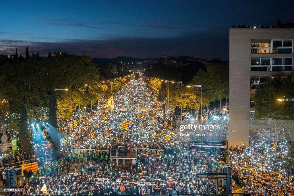 Thousands Rally for Jailed Catalan Independence Leaders