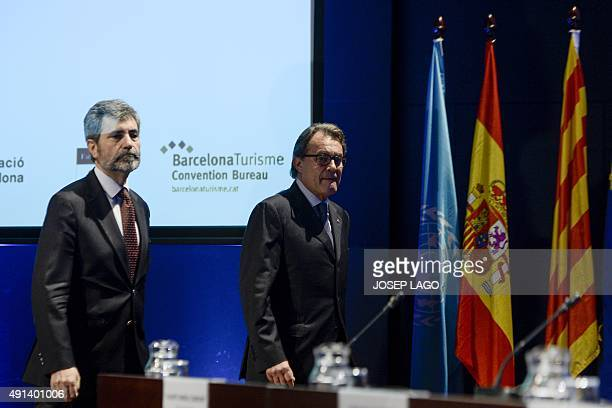 Catalonia's regional government president and leader of the Catalan Democratic Convergence party Artur Mas arrives with President of the General...