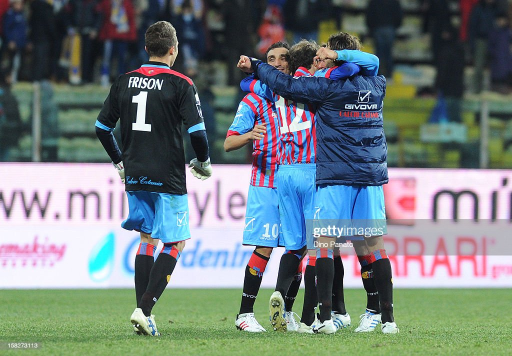 Catania Calcio Players celebrate victory after the TIM Cup match between Parma FC and Catania Calcio at Stadio Ennio Tardini on December 12, 2012 in Parma, Italy.