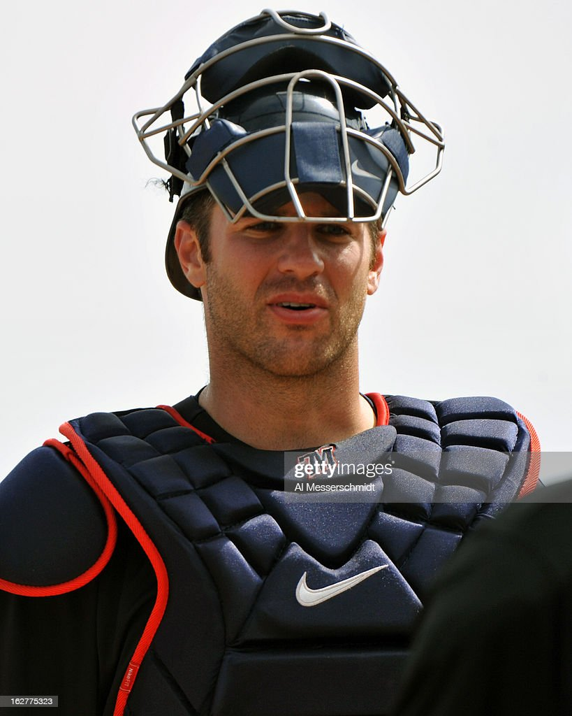 Catcher <a gi-track='captionPersonalityLinkClicked' href=/galleries/search?phrase=Joe+Mauer&family=editorial&specificpeople=214614 ng-click='$event.stopPropagation()'>Joe Mauer</a> #7 of the Minnesota Twins sets for play against the Toronto Blue Jays February 26, 2013 at the Florida Auto Exchange Stadium in Dunedin, Florida.