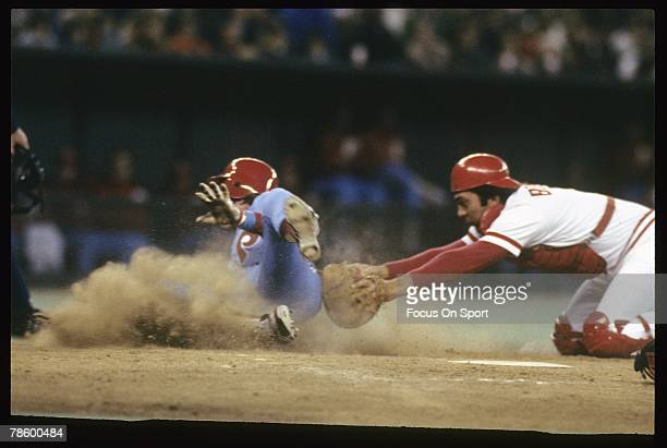 Catcher Johnny Bench of the Cincinnati Reds puts the tag on a Philadelphia Phillie at home plate during the National League Championship Series in...