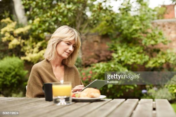 Gespräch mit Ihrem Buch und Frühstück