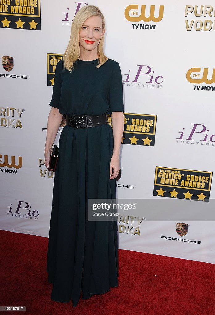 Cate Blanchett arrives at the 19th Annual Critics' Choice Movie Awards at Barker Hangar on January 16, 2014 in Santa Monica, California.
