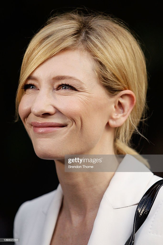 <a gi-track='captionPersonalityLinkClicked' href=/galleries/search?phrase=Cate+Blanchett&family=editorial&specificpeople=201621 ng-click='$event.stopPropagation()'>Cate Blanchett</a> arrives at the Tropfest 2012 short film festival at The Royal Botanic Gardens on February 19, 2012 in Sydney, Australia.