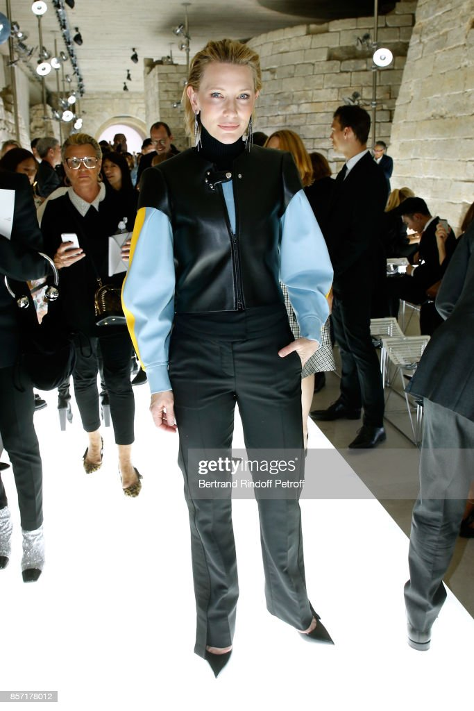 cate-blanchett-attends-the-louis-vuitton-show-as-part-of-the-paris-picture-id857178012