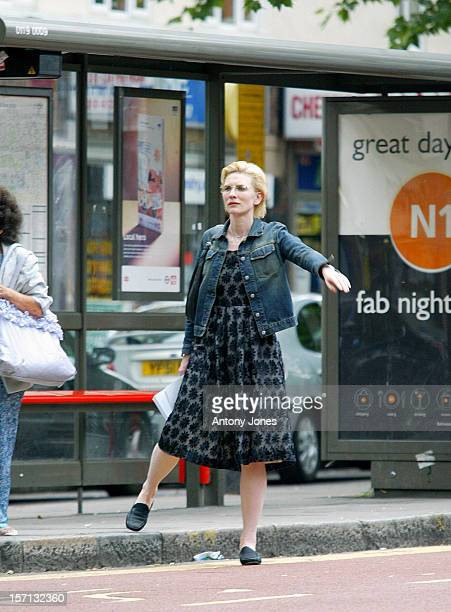 Cate Blanchett Catches A Bus Near Her London Home And Heads Off Into The West End