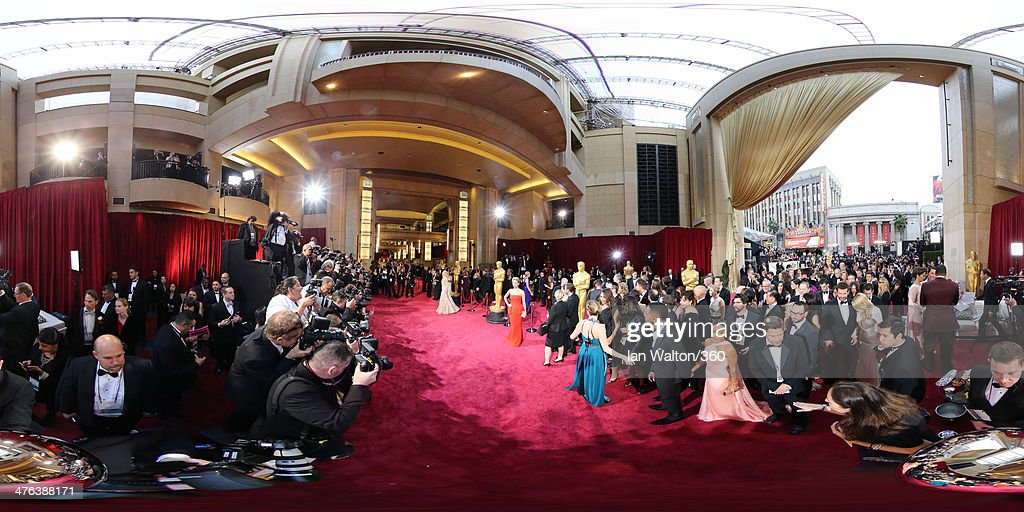 <a gi-track='captionPersonalityLinkClicked' href=/galleries/search?phrase=Cate+Blanchett&family=editorial&specificpeople=201621 ng-click='$event.stopPropagation()'>Cate Blanchett</a>, <a gi-track='captionPersonalityLinkClicked' href=/galleries/search?phrase=Jennifer+Lawrence&family=editorial&specificpeople=1596040 ng-click='$event.stopPropagation()'>Jennifer Lawrence</a>, Will Smith and wife Jada arrive at the 86th Annual Academy Awards at the Hollywood & Highland Center on March 2, 2014 in Hollywood, California.
