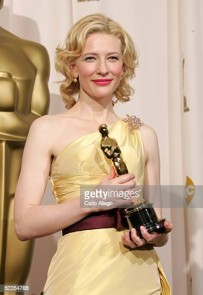 Cate Blanchett winner of the Best Supporting Actress for 'The Aviator' poses backstage with their Oscar awards during the 77th Annual Academy Awards...
