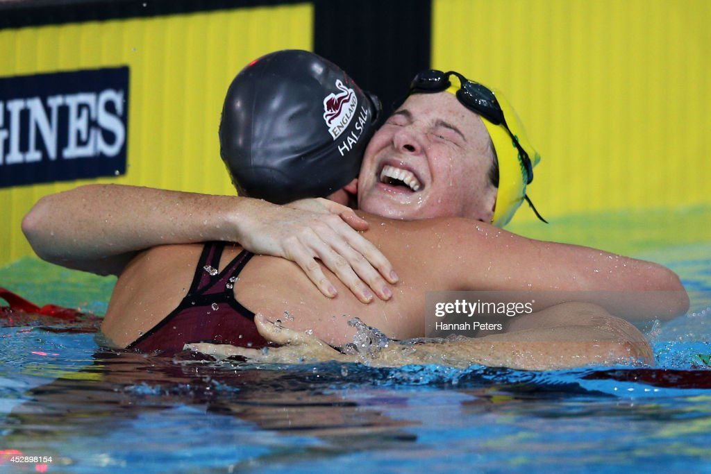 <a gi-track='captionPersonalityLinkClicked' href=/galleries/search?phrase=Cate+Campbell&family=editorial&specificpeople=4115465 ng-click='$event.stopPropagation()'>Cate Campbell</a> (R) of Australia celebrates winning the gold medal with silver medallist <a gi-track='captionPersonalityLinkClicked' href=/galleries/search?phrase=Francesca+Halsall&family=editorial&specificpeople=1295778 ng-click='$event.stopPropagation()'>Francesca Halsall</a> of England in the Women's 4 x 100m Medley Relay Final at Tollcross International Swimming Centre during day six of the Glasgow 2014 Commonwealth Games on July 29, 2014 in Glasgow, Scotland.