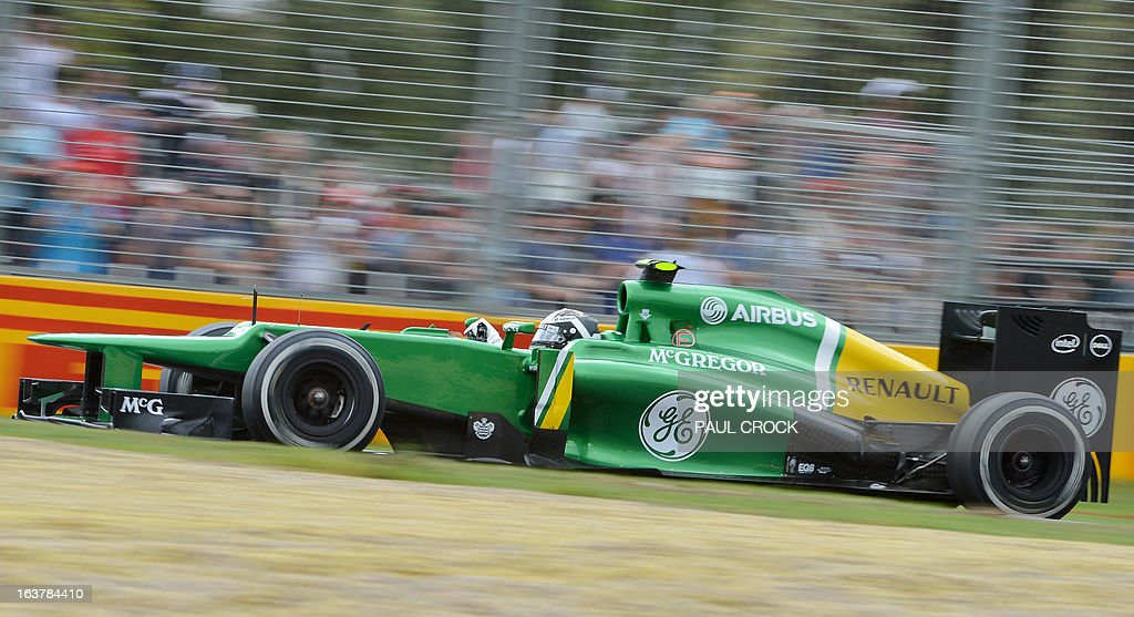 Caterham driver Giedo Van Der Garde of the Netherlands powers through a corner during the third practice session for the Formula One Australian Grand Prix in Melbourne on March 16, 2013. IMAGE RESTRICTED TO EDITORIAL USE - STRICTLY NO COMMERCIAL USE AFP PHOTO / Paul CROCK