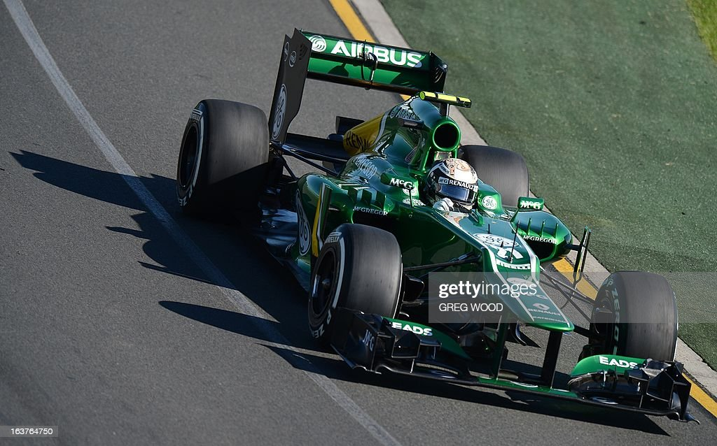 Caterham driver Giedo Van Der Garde of the Netherlands takes a bend during the second practice session at the Formula One Australian Grand Prix in Melbourne on March 15, 2013. IMAGE STRICTLY RESTRICTED TO EDITORIAL USE - STRICTLY NO COMMERCIAL USE AFP PHOTO / Greg WOOD