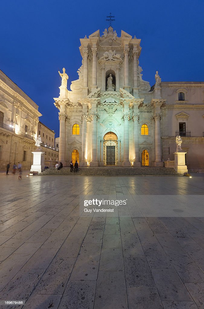 sicily island single guys The sicilian woman: not to be underestimated  in the western-most part of the island of sicily,  and controversial history dating back to the time.
