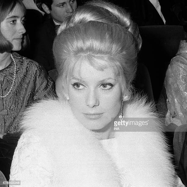 Catherine Deneuve among the spectators attended the concert of Sylvie Vartan and the Beatles to Olympia