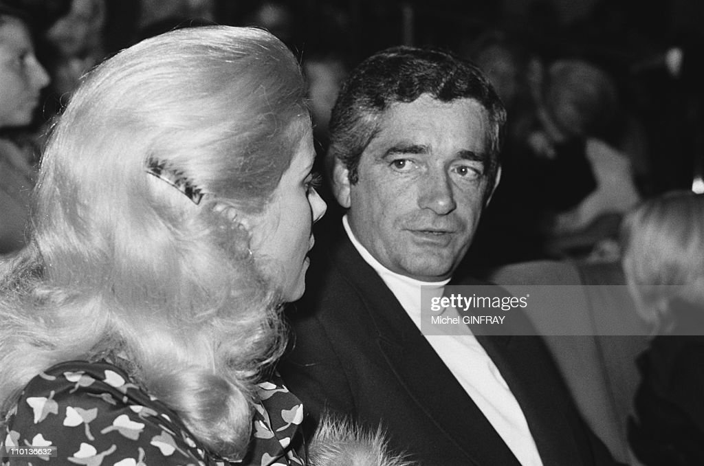 <a gi-track='captionPersonalityLinkClicked' href=/galleries/search?phrase=Catherine+Deneuve&family=editorial&specificpeople=123833 ng-click='$event.stopPropagation()'>Catherine Deneuve</a> at the premiere of the movie 'L'evenement le Plus important depuis que l'homme a marche sur la lune' in Paris, France in September 1973.