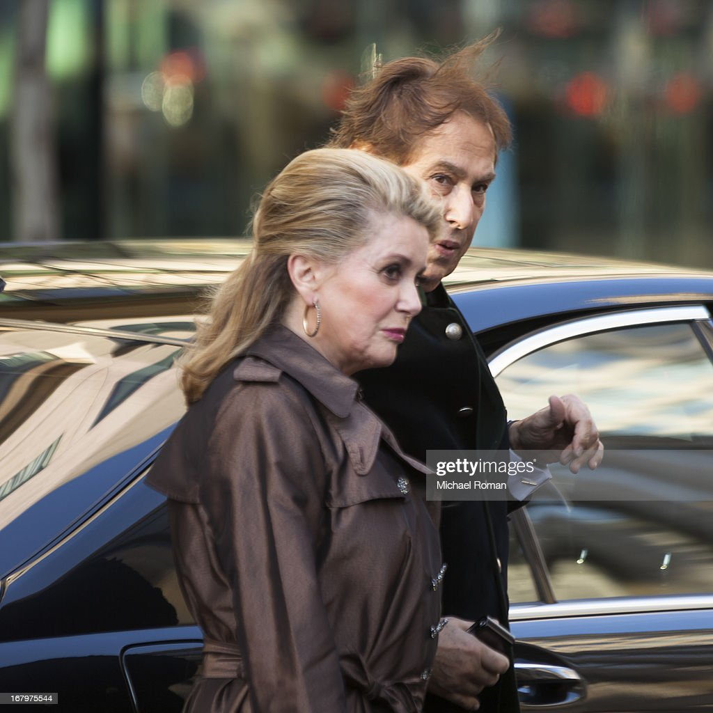<a gi-track='captionPersonalityLinkClicked' href=/galleries/search?phrase=Catherine+Deneuve&family=editorial&specificpeople=123833 ng-click='$event.stopPropagation()'>Catherine Deneuve</a> attends the 40th Anniversary Chaplin Award Gala at Avery Fisher Hall at Lincoln Center for the Performing Arts on April 22, 2013 in New York City.
