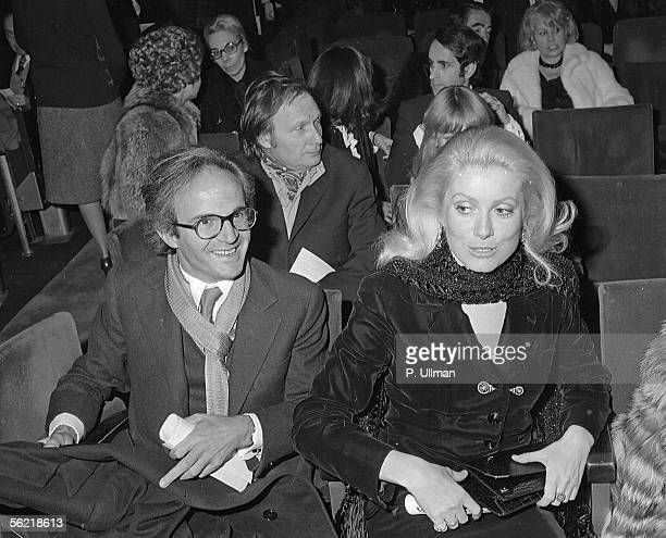 Catherine Deneuve Francois Truffaut et Ivry Gitlis at the time of farewells to the stage of Charles Trenet 1975