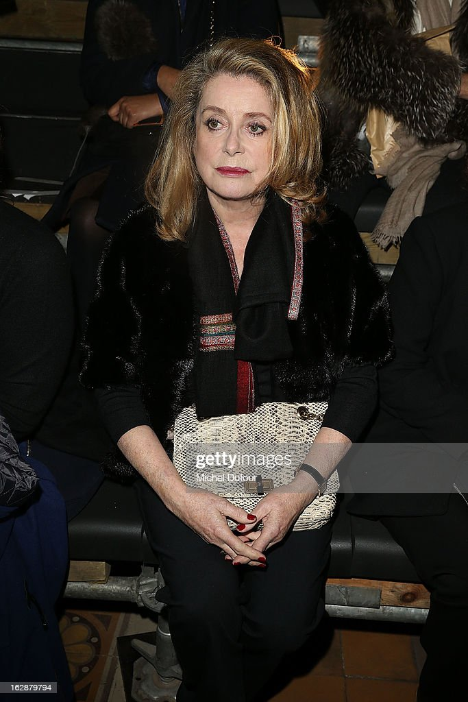 <a gi-track='captionPersonalityLinkClicked' href=/galleries/search?phrase=Catherine+Deneuve&family=editorial&specificpeople=123833 ng-click='$event.stopPropagation()'>Catherine Deneuve</a>attends the Lanvin Fall/Winter 2013 Ready-to-Wear show as part of Paris Fashion Week on February 28, 2013 in Paris, France.